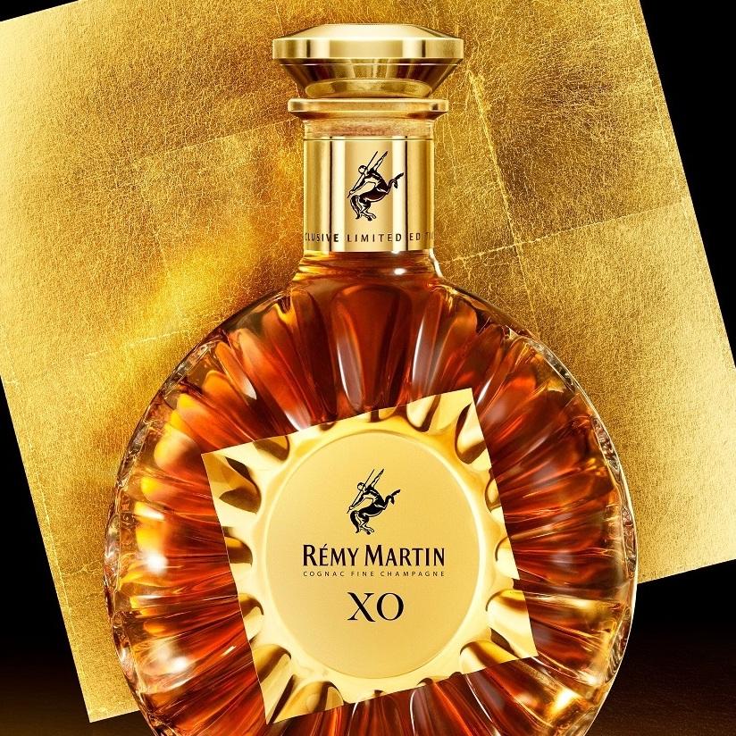 烈酒》人頭馬XO限量金箔版,法國權威工匠打造18K金高雅瓶身